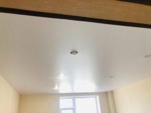 В квартиру натяжные потолки